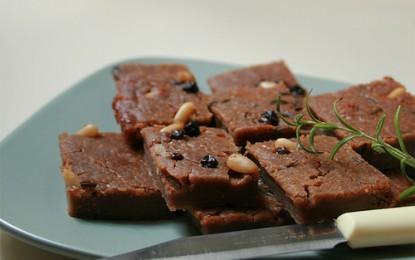 Castagnaccio, ingredienti e preparazione del dolce genovese