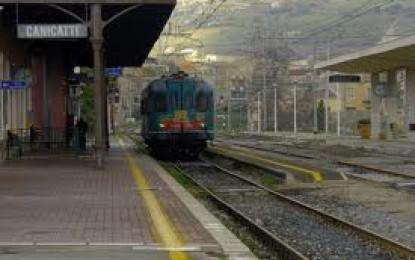 Viaggiare in treno, la Fish chiede accessibilità e fruibilità degli spazi