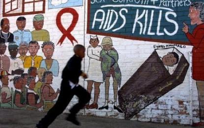 Lotta all'Aids, cancellati i finanziamenti per nuovi progetti