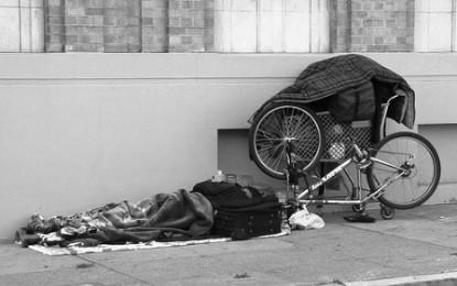 Homeless a Genova: le strutture di accoglienza e il lavoro delle associazioni per i senza tetto