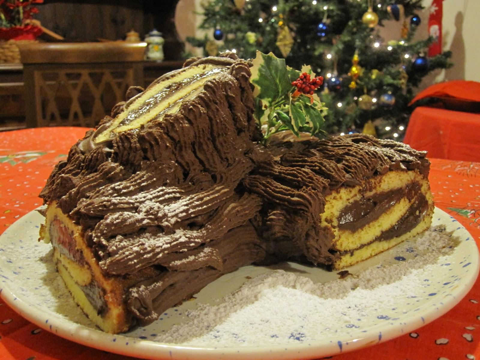 Tronchetto Di Natale Con Marmellata Di Castagne.Tronchetto Di Natale La Ricetta Del Dolce Tipicamente Natalizio