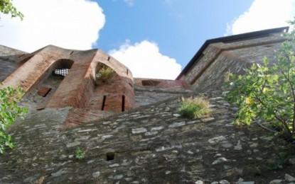 Storia di Genova, i forti: San Giuliano, San Martino, Santa Tecla, Belvedere e Tenaglia