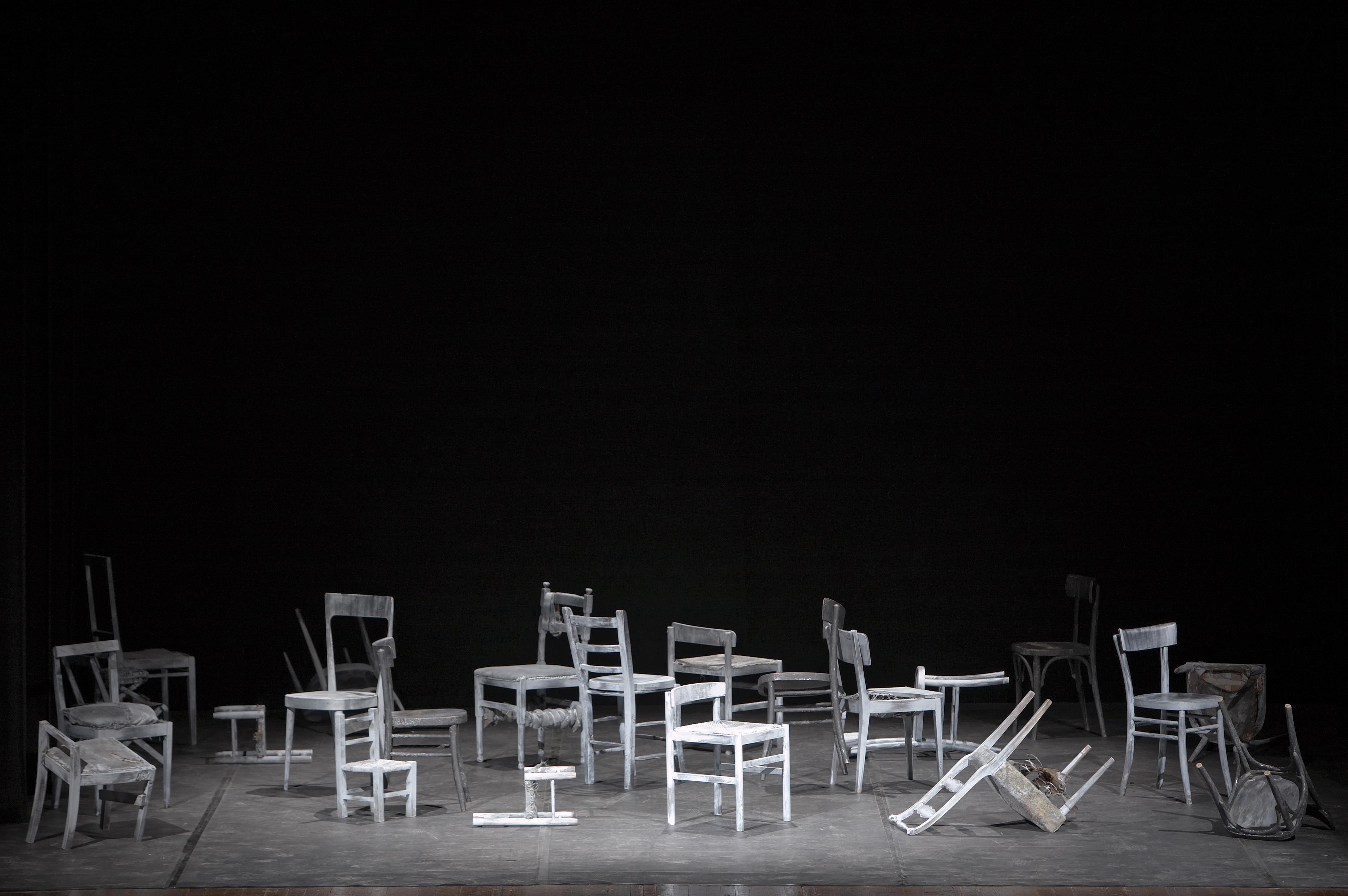 Teatro Le Sedie.Mare Mio In Scena Al Teatro Cargo Venerdì 9 Marzo