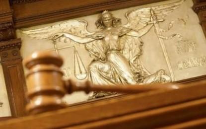 Legittima difesa, il governo impugna la legge regionale che copre le spese legali agli imputati
