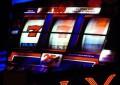 Slot e gioco d'azzardo, dati in crescita: SOS del Comune, le contraddizioni dello Stato