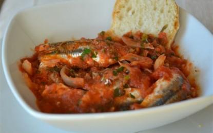 Bagnun, la ricetta per preparare la gustosa zuppa di acciughe e pomodori