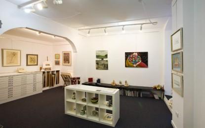 Miti, fiabe e leggende di Michele Fabbricatore in mostra alla galleria Il Basilisco