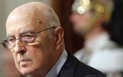Elezioni, il giorno dopo: Grillo ride, Napolitano un po' meno