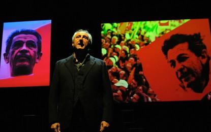 Berlinguer, i pensieri lunghi: spettacolo al Teatro dell'Archivolto