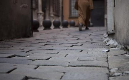 Centro storico, il punto sui selciati dopo le polemiche in via Garibaldi