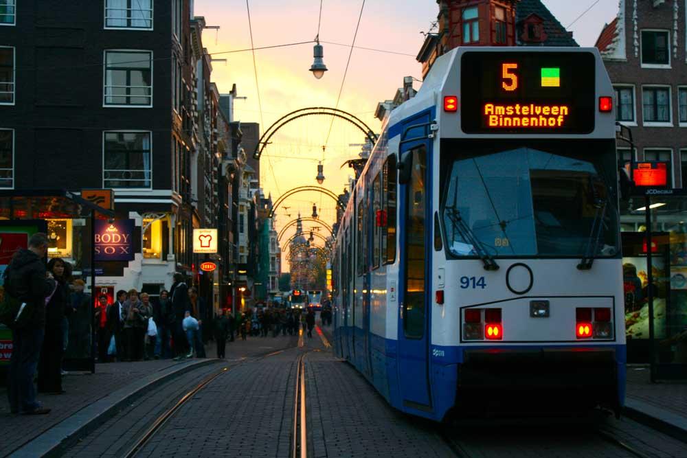 Amsterdam la capitale olandese fra trasgressione e relax for Centro di amsterdam