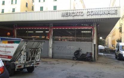 Foce, mercato comunale di piazza Scio: interventi contro il degrado