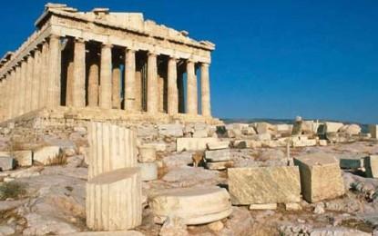 Finire come la Grecia: tagliare la spesa pubblica per aggravare la crisi