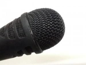 microfono-radio-speaker-voce