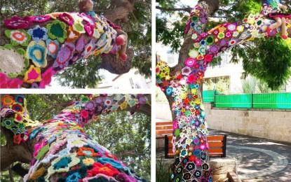 Cucito creativo a Genova: lana sui monumenti, come partecipare