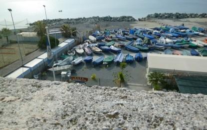 Dalla Foce a Quinto: poca spiaggia libera, scarsi accessi e cemento