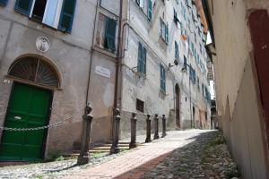 castello-centro-storico-vicoli-4
