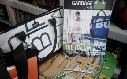 Borse ecologiche in pvc: negozio a Genova aperto solo per un mese