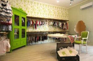 armadio-verde-negozio