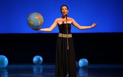 Irene Lamponi e Beppe Casales: il teatro genovese vola in Cina