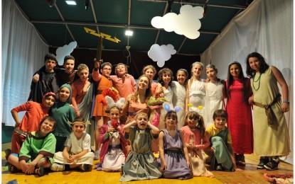 Hercules, lo spettacolo della compagnia YeaWea al teatro Govi