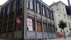 Genova Sampierdarena, ex biblioteca Gallino