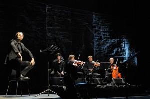 Neri Marcorè e Gnu Quartet