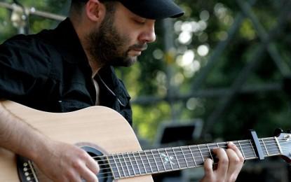 La professione del musicista: incontro con il chitarrista Adriano Arena