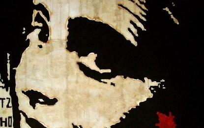 """Carta fatta a mano, tè e caffè: """"Drina A12″, i ritratti dell'artista genovese Grazia Buongiorno"""