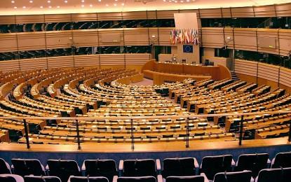 Europa e stati nazionali, una sovranità da usurpare: l'intervento di Hollande a Strasburgo