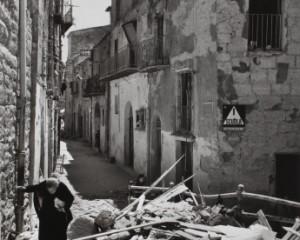 Robert Capa: 78 immagini in bianco e nero raccontano gli anni della seconda guerra mondiale in Italia
