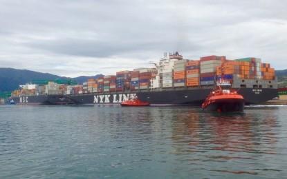 Conosci il tuo porto? Viaggio fra le banchine genovesi, in bilico fra presente e futuro