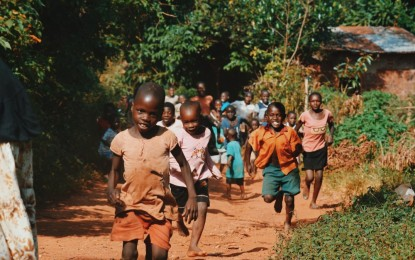 Sostegno a distanza, quasi mille genovesi aiutano bambini a crescere in tutto il mondo