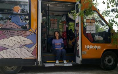 Bibliobus, una carovana di libri per i bambini del terremoto