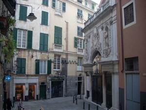 piazza-maddalena-centro-storico-genova