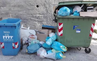 Amiu-Iren, bolletta rifiuti aumenta oltre il 30% in 4 anni, nel 2017 subito +6,89%. Partecipazione Iren fino al 69% ma possibilità veto per Comune