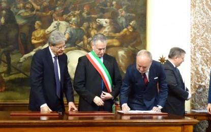 Periferie, sindaco Marco Doria firma accordo con Gentiloni. In arrivo altri 40 milioni per viabilità e edilizia scolastica