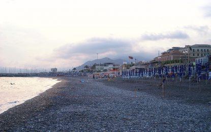 Liguria regina delle Bandiere Blu ma bocciata da Goletta Verde. I conti non tornano