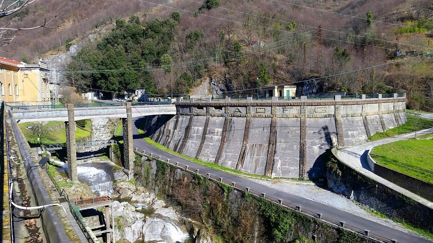 Centrale Idroelettrica di Isoverde - foto di Aquae Giorgio Temporelli